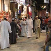 So friedlich wie auf diese Markt im Oman geht es nicht überall in Arabien oder im Orient zu.